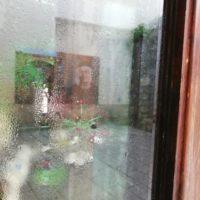 Bottega chiusa - Riace (foto di Adele Murace)